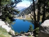Refugio y presa del lago Dera Restanca